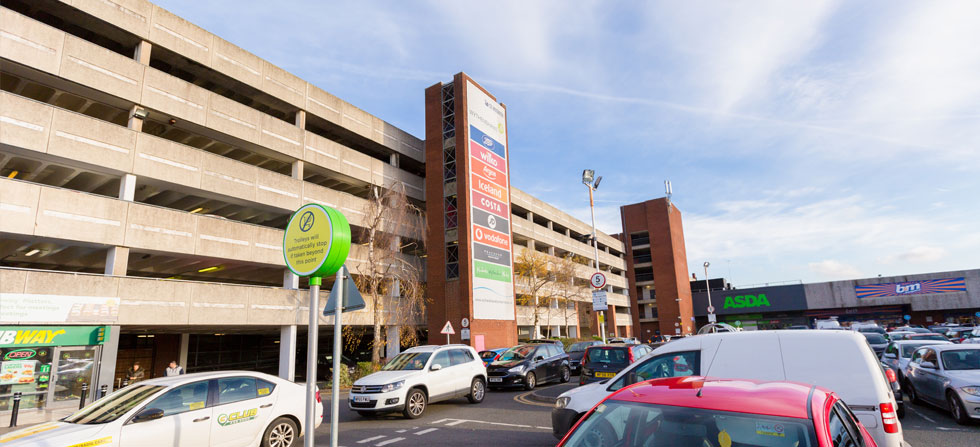 Stores Wythenshawe Town Centre